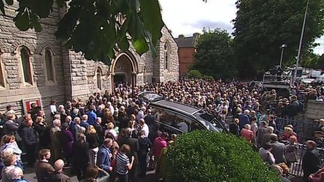 Seamus Heaney's funeral takes place