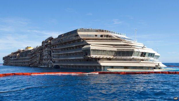 Costa Concordia 'removed in June'