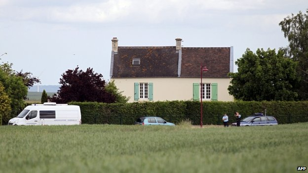 French mayor 'castrated and killed'