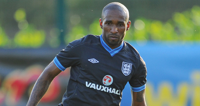 Defoe ready to replace Rooney